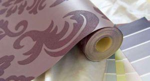 Как правильно клеить виниловые обои на бумажной основе — пошаговая инструкция